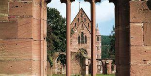 Monastère de Hirsau, fenêtre de la chapelle de la vierge